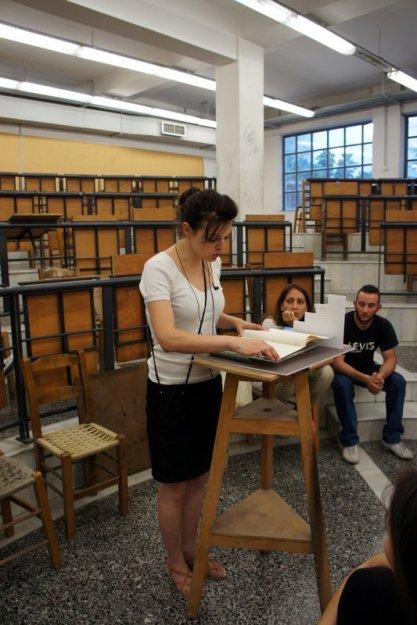 """Κοντονικολάου Γιώργος, 2013 (Η Κική Κολυμπάρη """"διαβάζει"""" το έργο του)"""